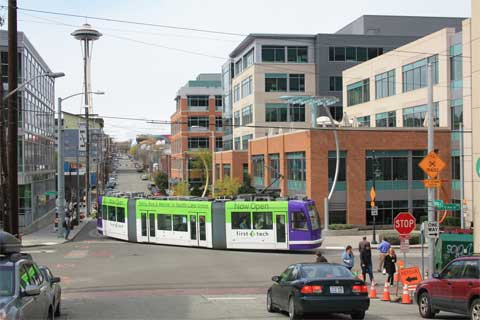 South Lake Union Streetcar runs through growing neighborhood with lots of commercial real estate investment potential