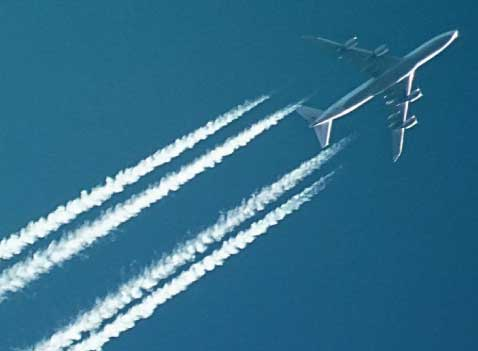jet contrails for Boeing company real estate article